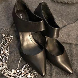 Calvin Klein pointed toe zip back heels